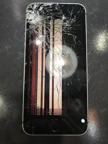 iPhoneSE液晶修理前