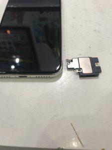 iPhoneXスピーカー修理