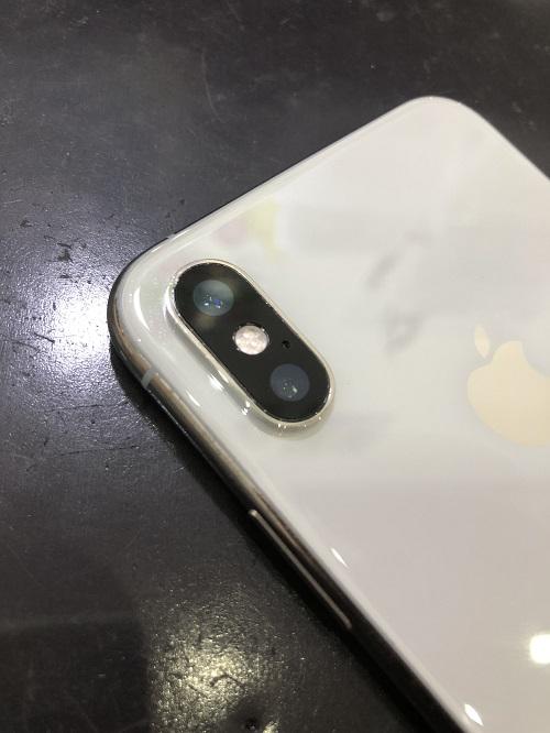 iPhoneXSカメラレンズ修理後