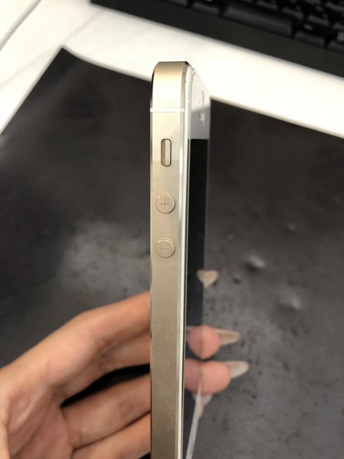 宮崎市 iPhone膨張 交換